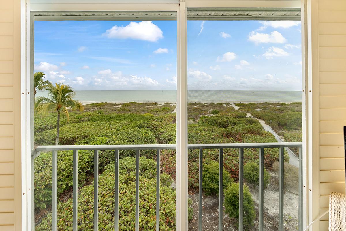 Golden-Beach-Condo-Window-View